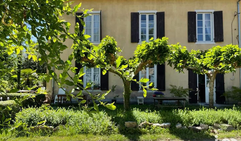 Maison avec piscine et terrasse Salies-de-bearn