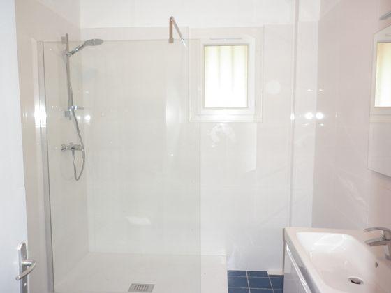 Location appartement 3 pièces 72,59 m2