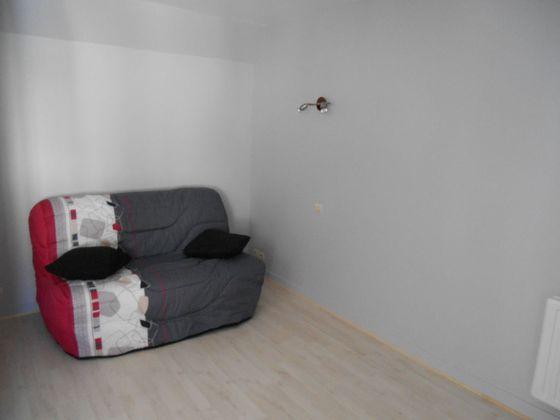 Location studio 28,77 m2