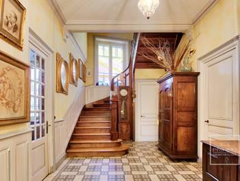 Maison 10 pièces 264 m2