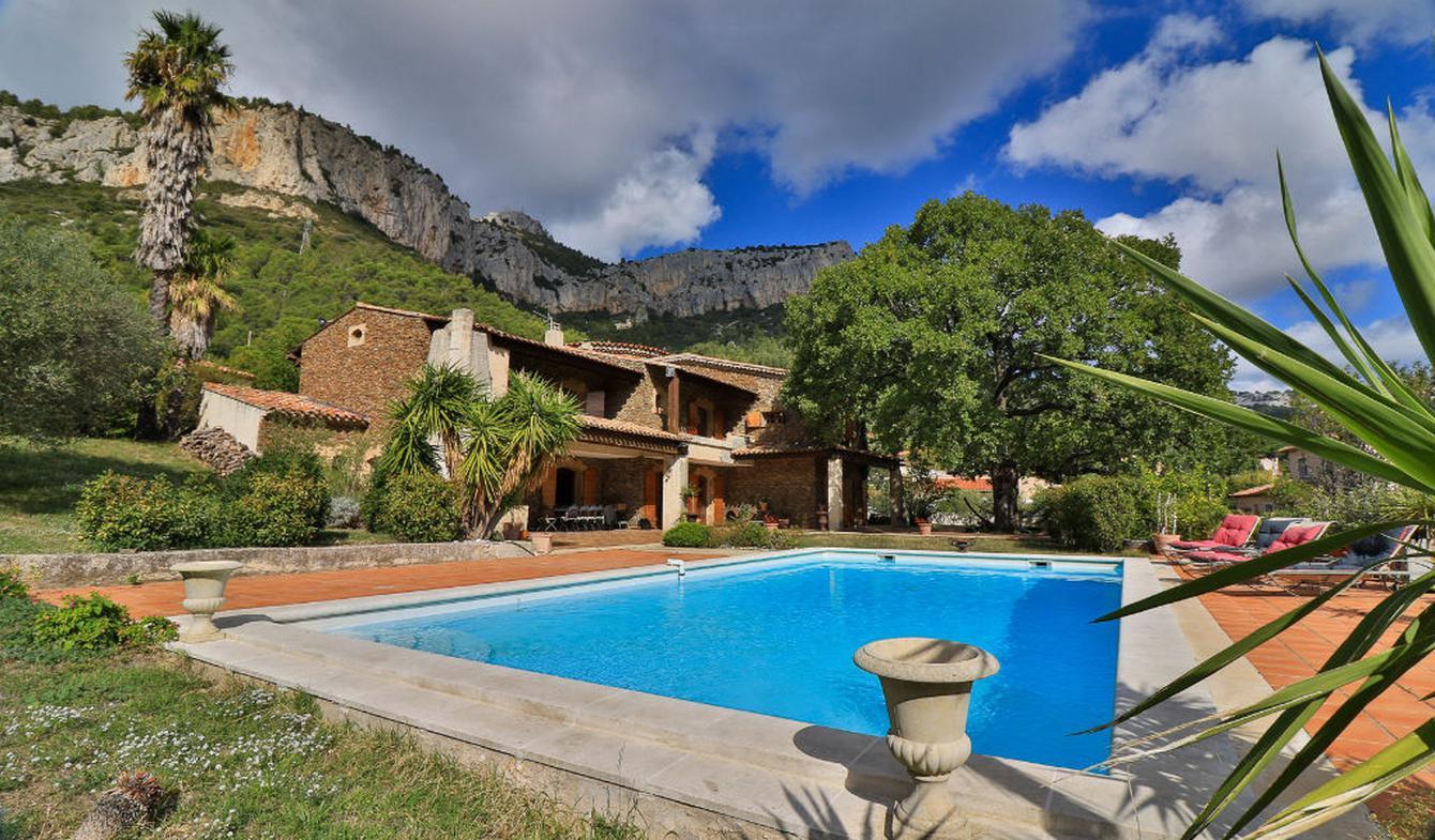 Maison avec terrasse Le Revest-les-Eaux