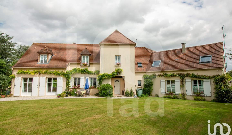 Maison avec terrasse Moussy-le-Vieux