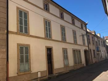 Maison 11 pièces 200 m2