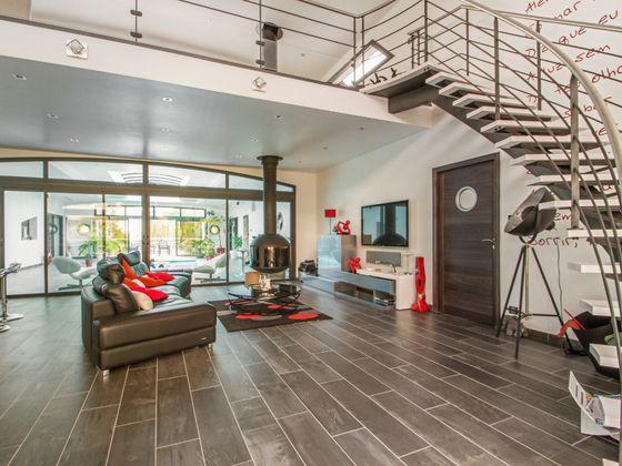 Vente maison 8 pièces 273 m2