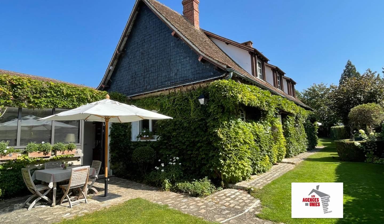 Maison avec terrasse Villiers-le-Morhier