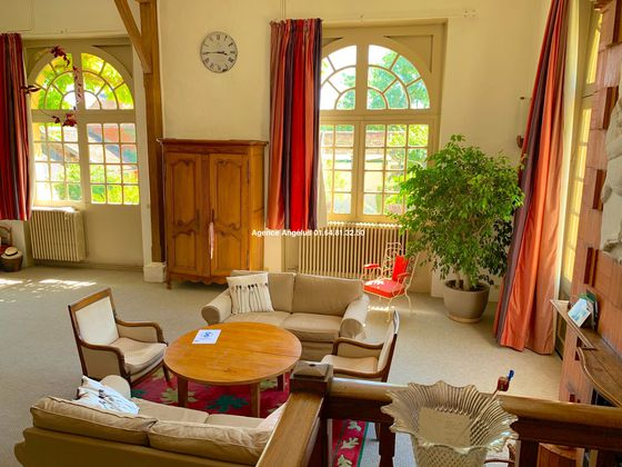 Vente maison 24 pièces 989 m2