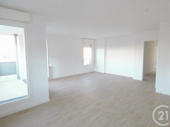 Location appartement 4 pièces 79,13 m2