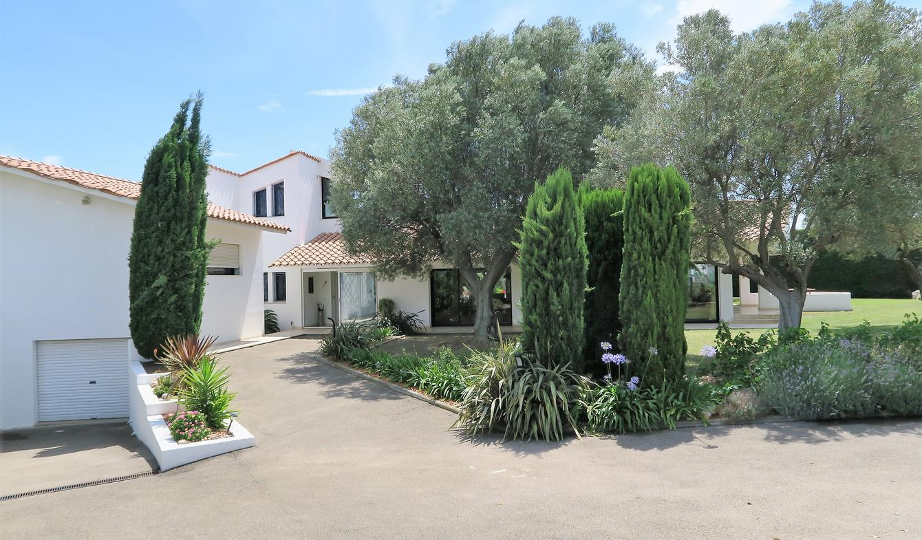 Villa with pool and terrace Perpignan