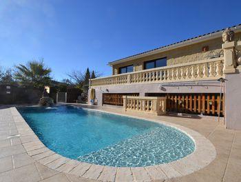 villa à Callas (83)