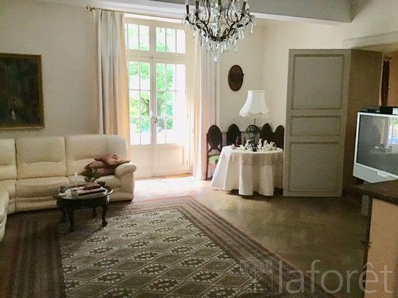 Vente propriété 15 pièces 1200 m2