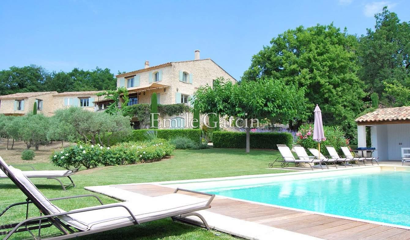 Property with pool Gordes