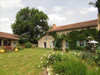 maison à Asnières-sur-Blour (86)