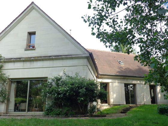 Vente propriété 9 pièces 365 m2