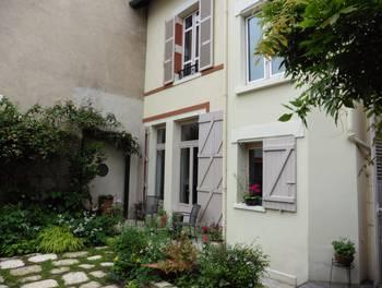 Maison 12 pièces 280 m2