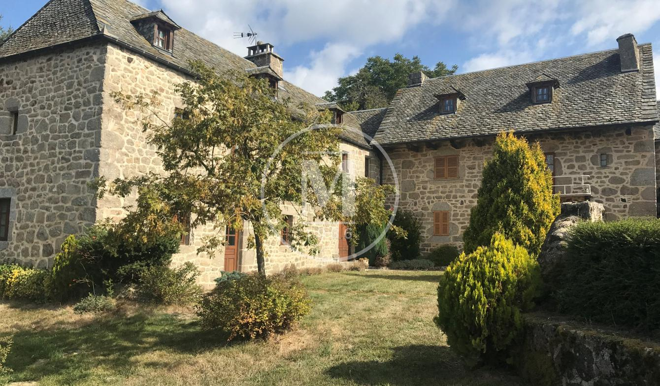Property Estaing