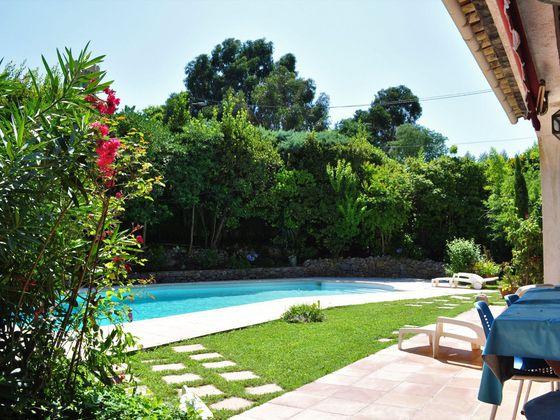 Vente villa 7 pièces 215 m2