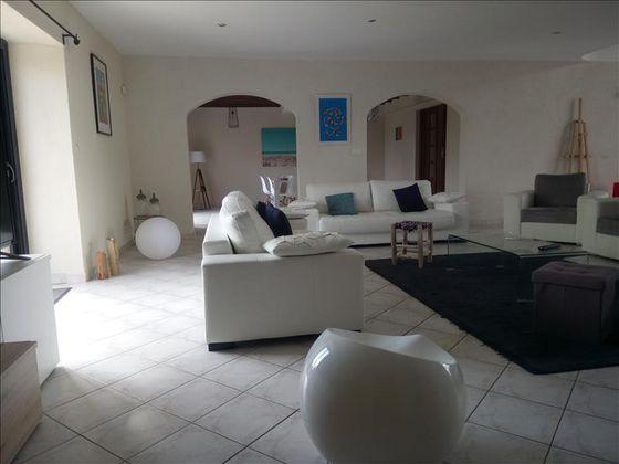 Vente maison 6 pièces 400 m2