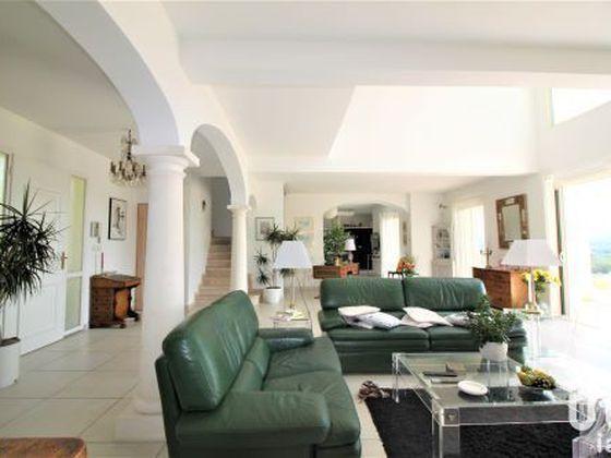 Vente maison 5 pièces 280 m2