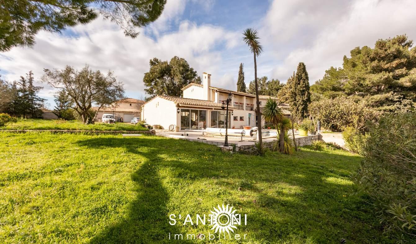 Maison avec piscine et terrasse Saint-Thibéry