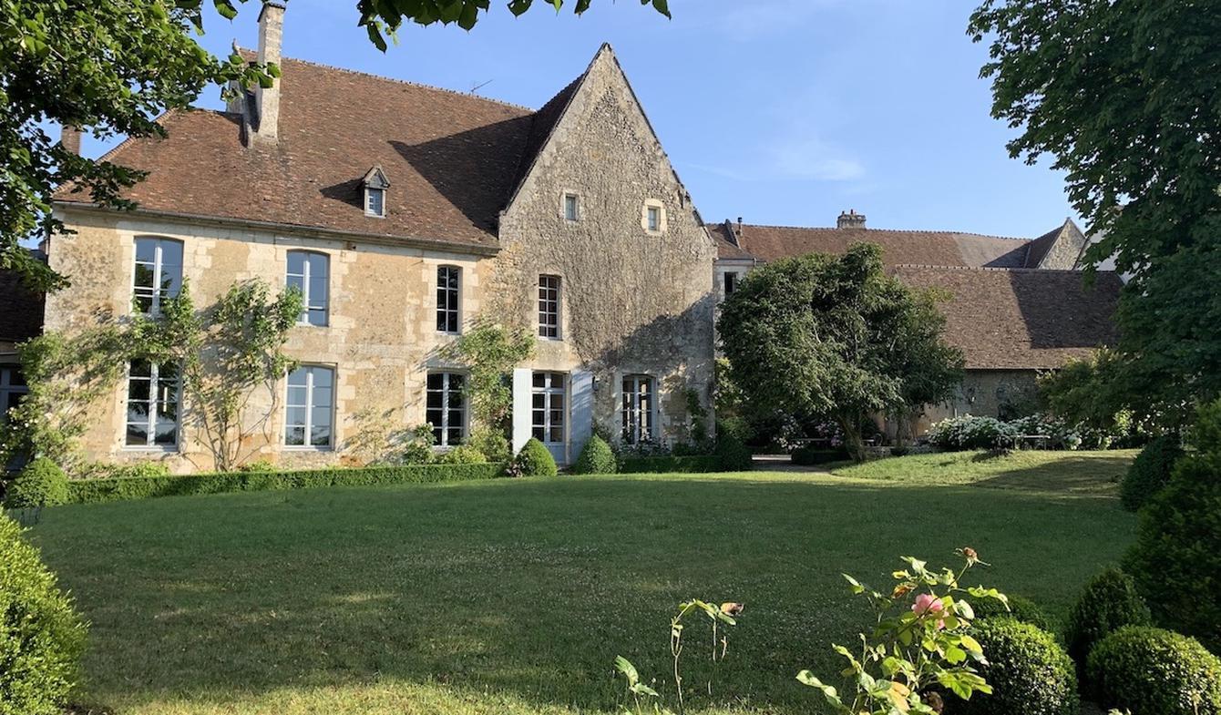 Private mansion with garden and reception room Mortagne-au-Perche