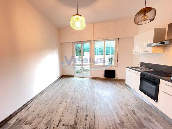 Location appartement 2 pièces 39 m2 à Nice