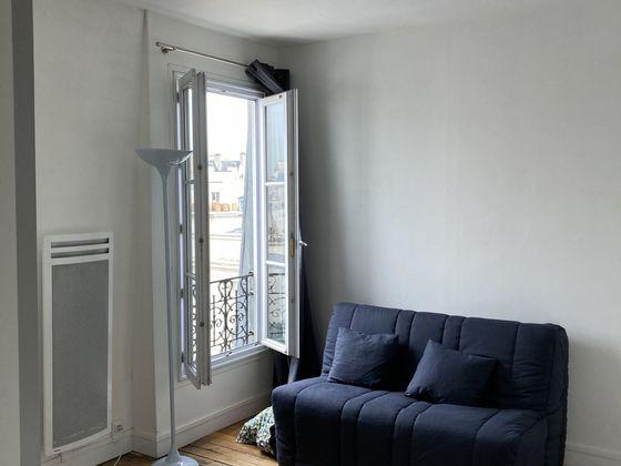 Location studio meublé 17 m2