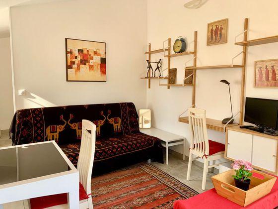 Location studio meublé 37 m2