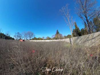 Terrain 2560 m2