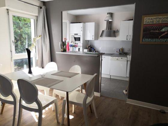 Vente d'Appartements à Bordeaux (33) : Appartement à Vendre on