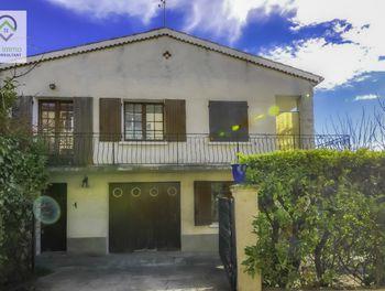 villa à Manosque (04)
