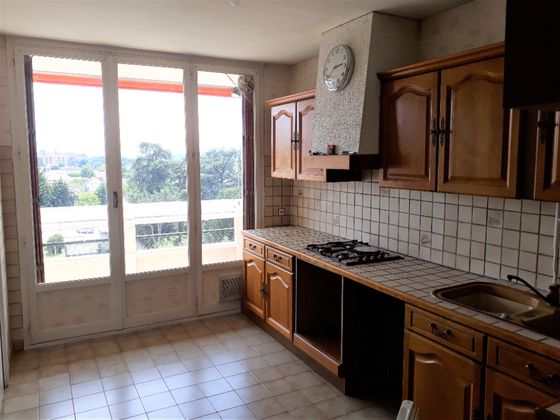 Location appartement 3 pièces 71,08 m2