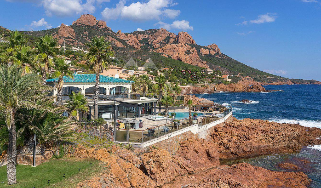 Villa avec piscine Antheor
