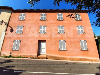 locaux professionels à Roquebrune-sur-Argens (83)