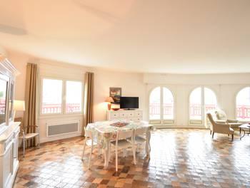 Appartement meublé 3 pièces 101,14 m2