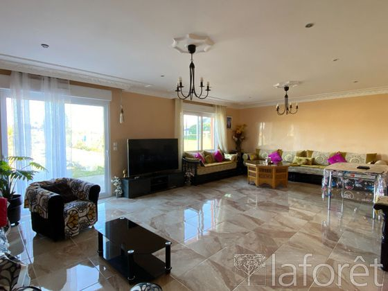 Vente maison 6 pièces 191,13 m2
