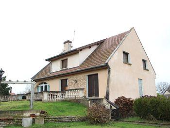 maison à Baudrières (71)