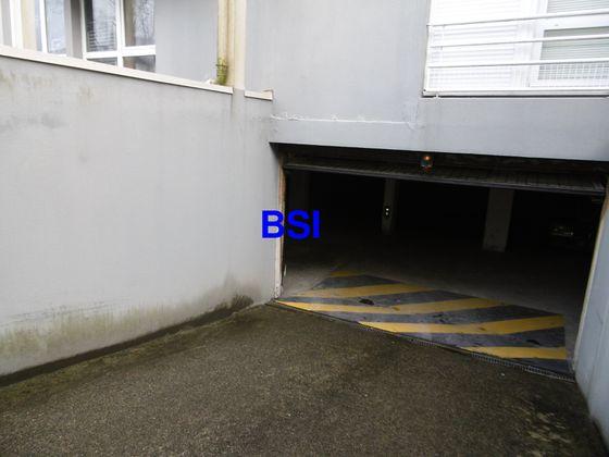 Location parking 10,2 m2
