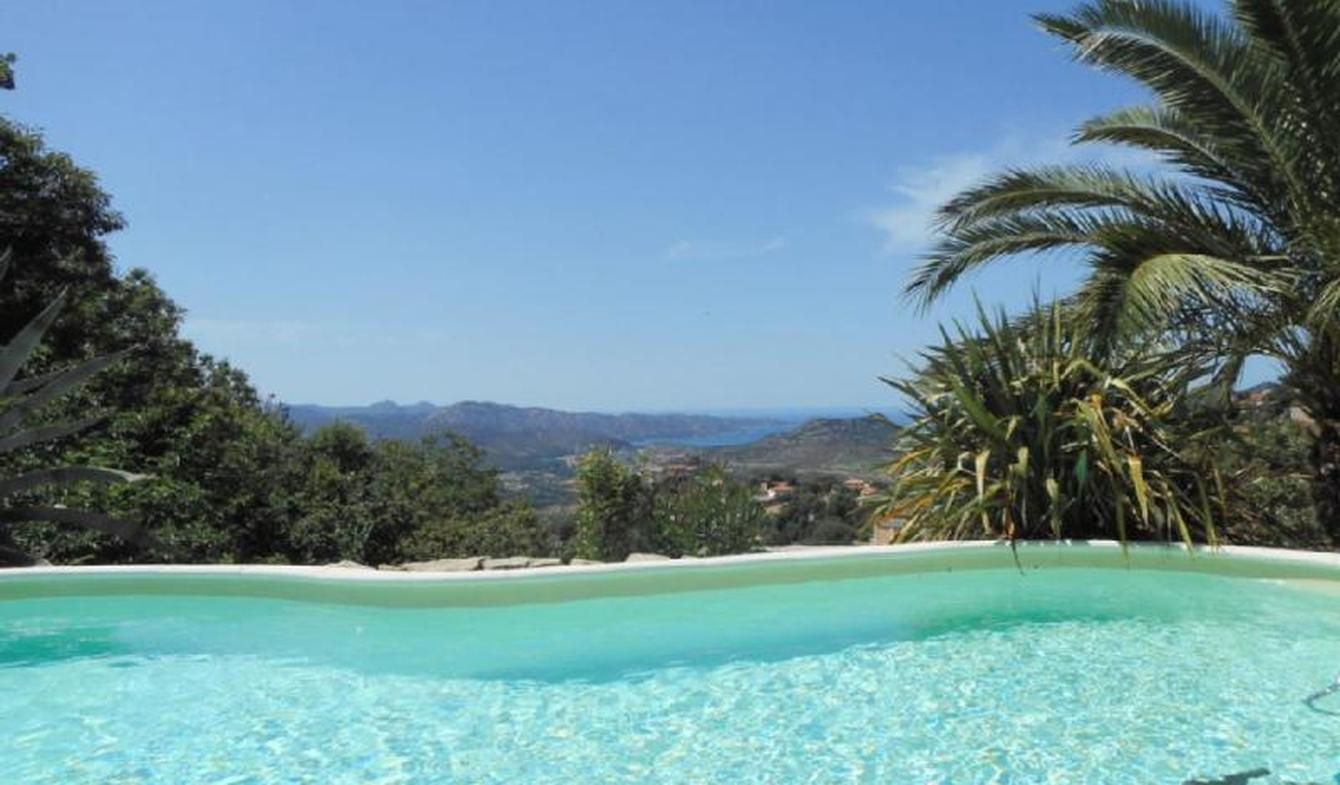 Villa with pool and garden Saint-Florent