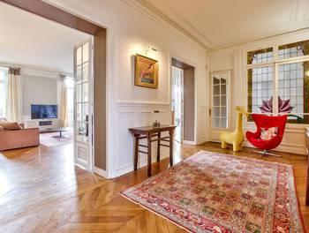 Appartement 6 pièces 270,06 m2