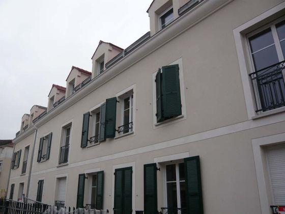 Location appartement 3 pièces 75 m2