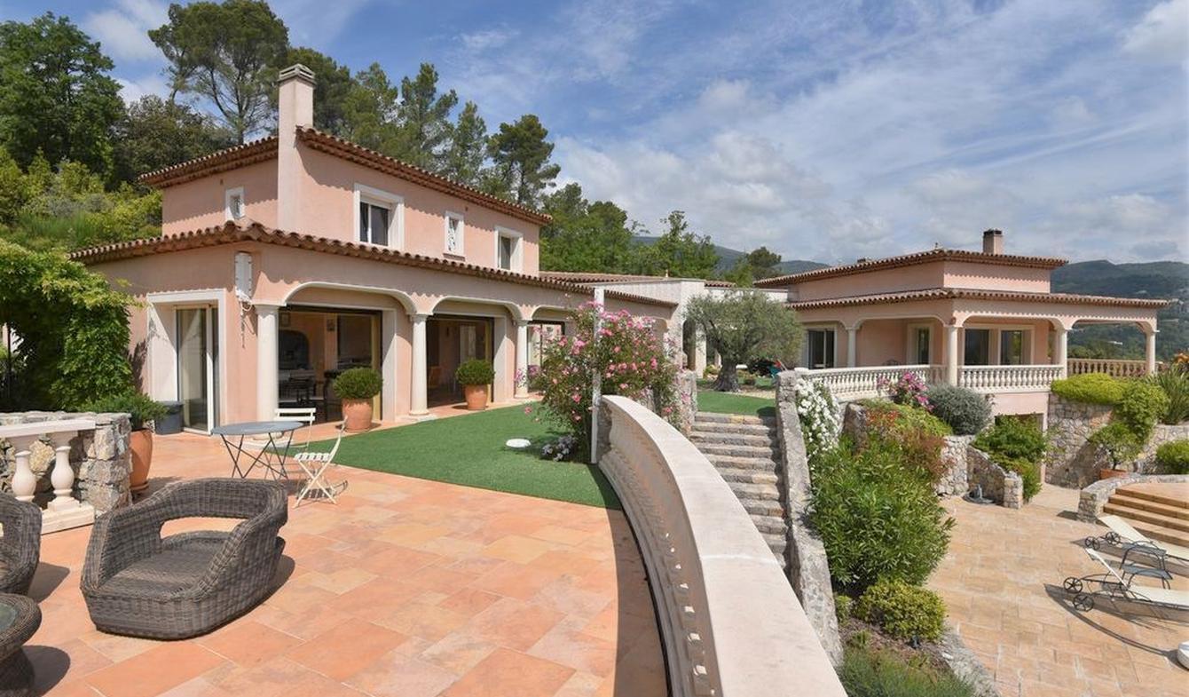 Villa avec piscine et jardin Seillans