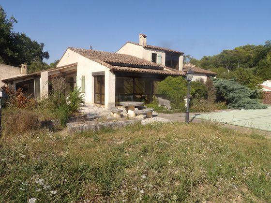 Vente villa 4 pièces 150 m2