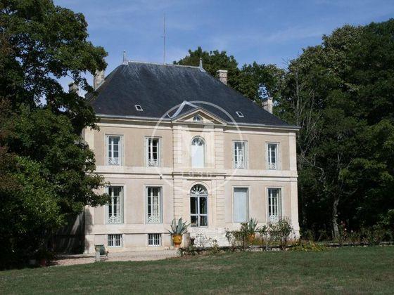 Vente château 9 pièces 480 m2
