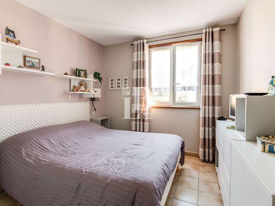 Vente maison 10 pièces 213,83 m2