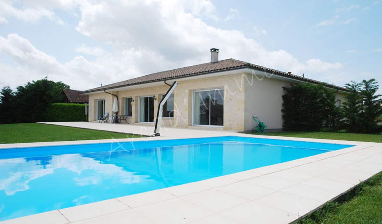 Maison avec piscine et jardin Eymet
