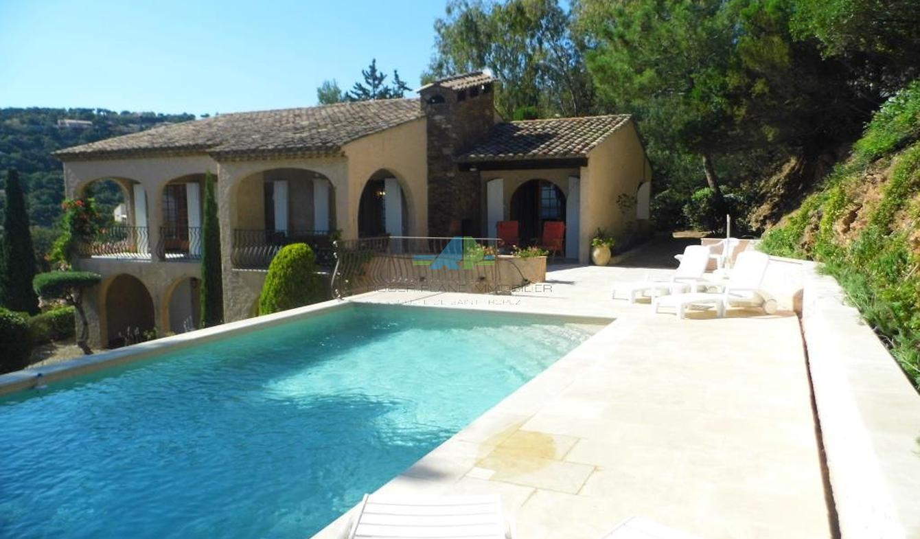 Villa with pool Les issambres