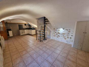 maison à Piolenc (84)