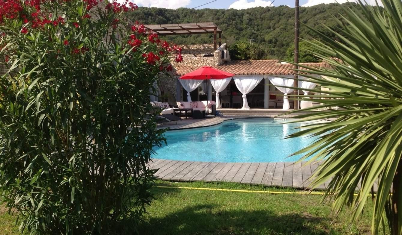 Villa with pool and garden Bonifacio