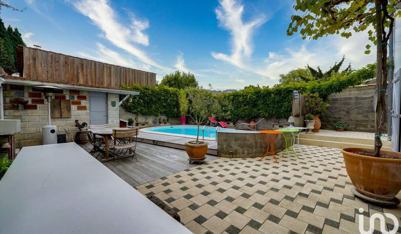 Maison avec piscine et terrasse Le Bouscat