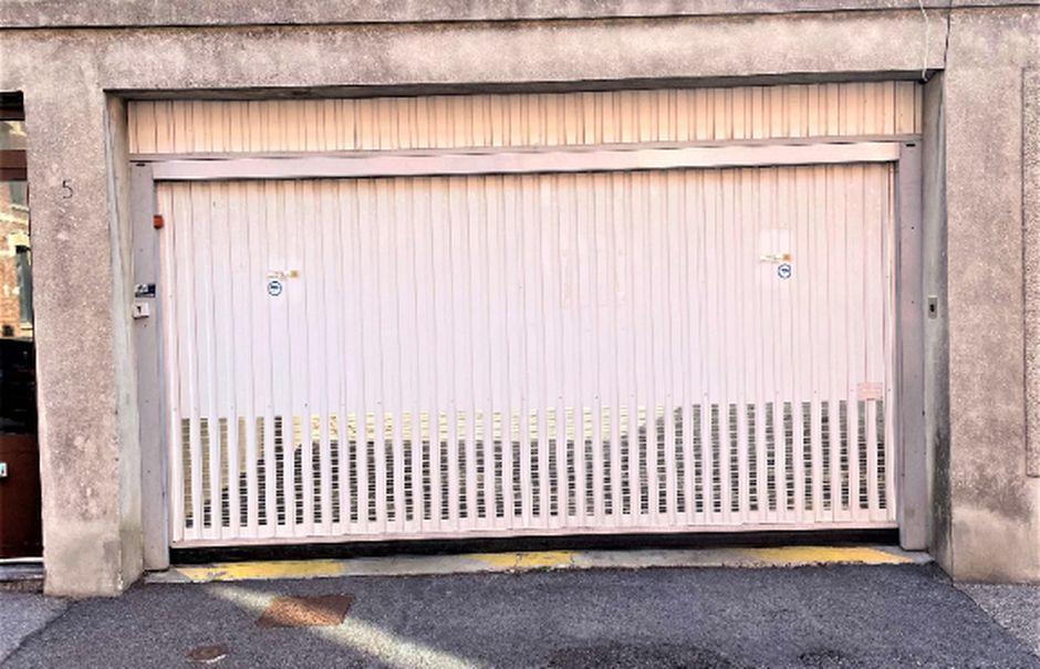 Vente parking  18 m² à Saint-Quentin (02100), 10 900 €